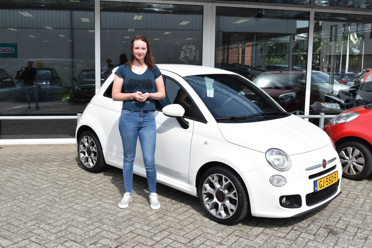 Aflevering Fiat 500 Sport