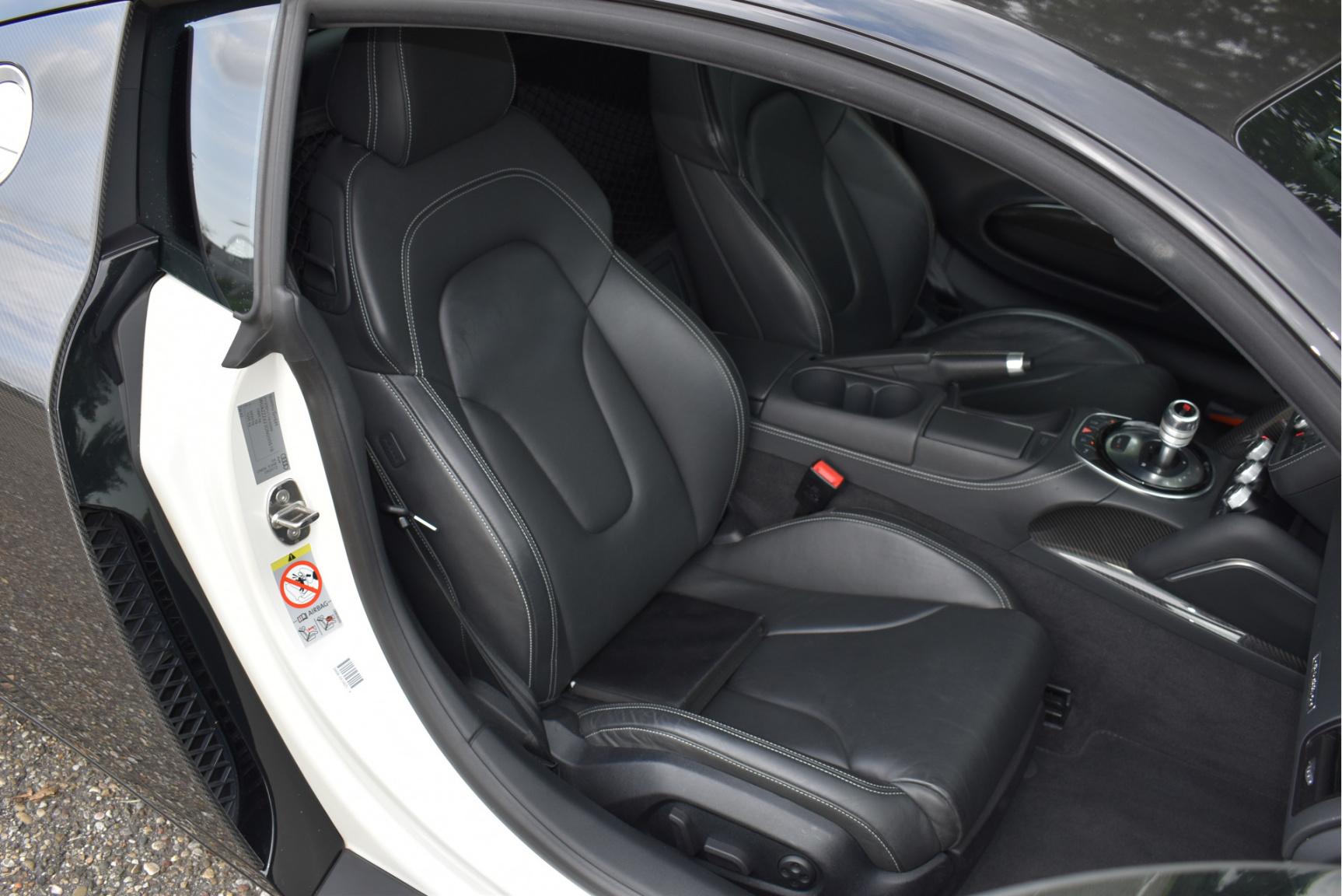 Audi-R8-43