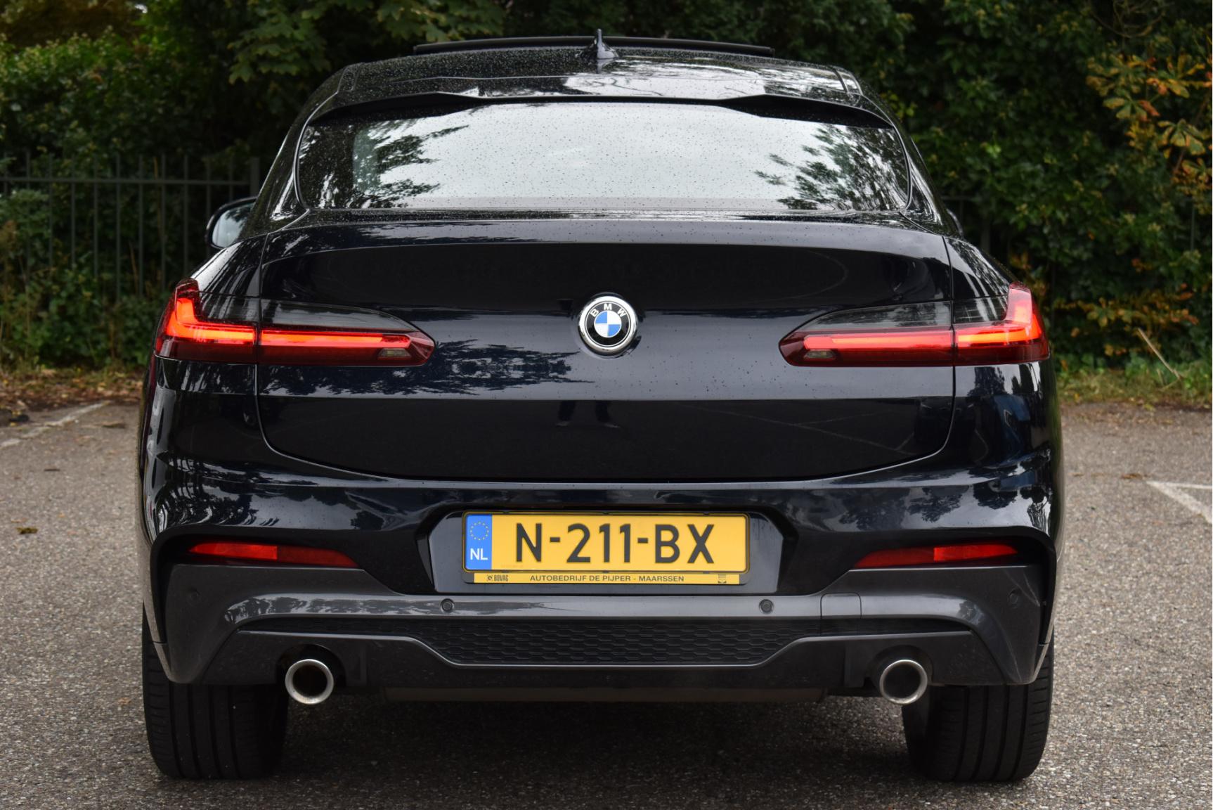 BMW-X4-16