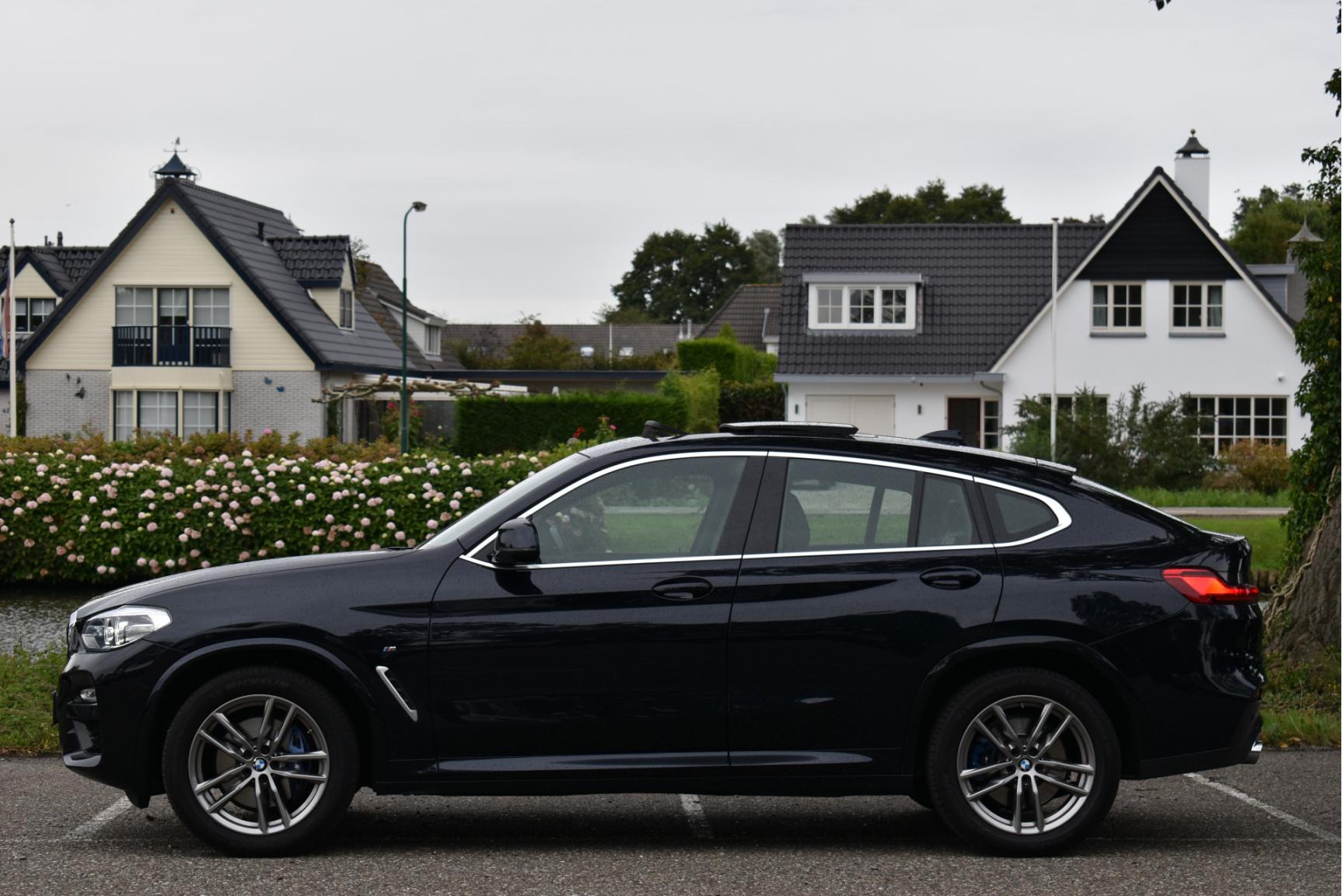 BMW-X4-12