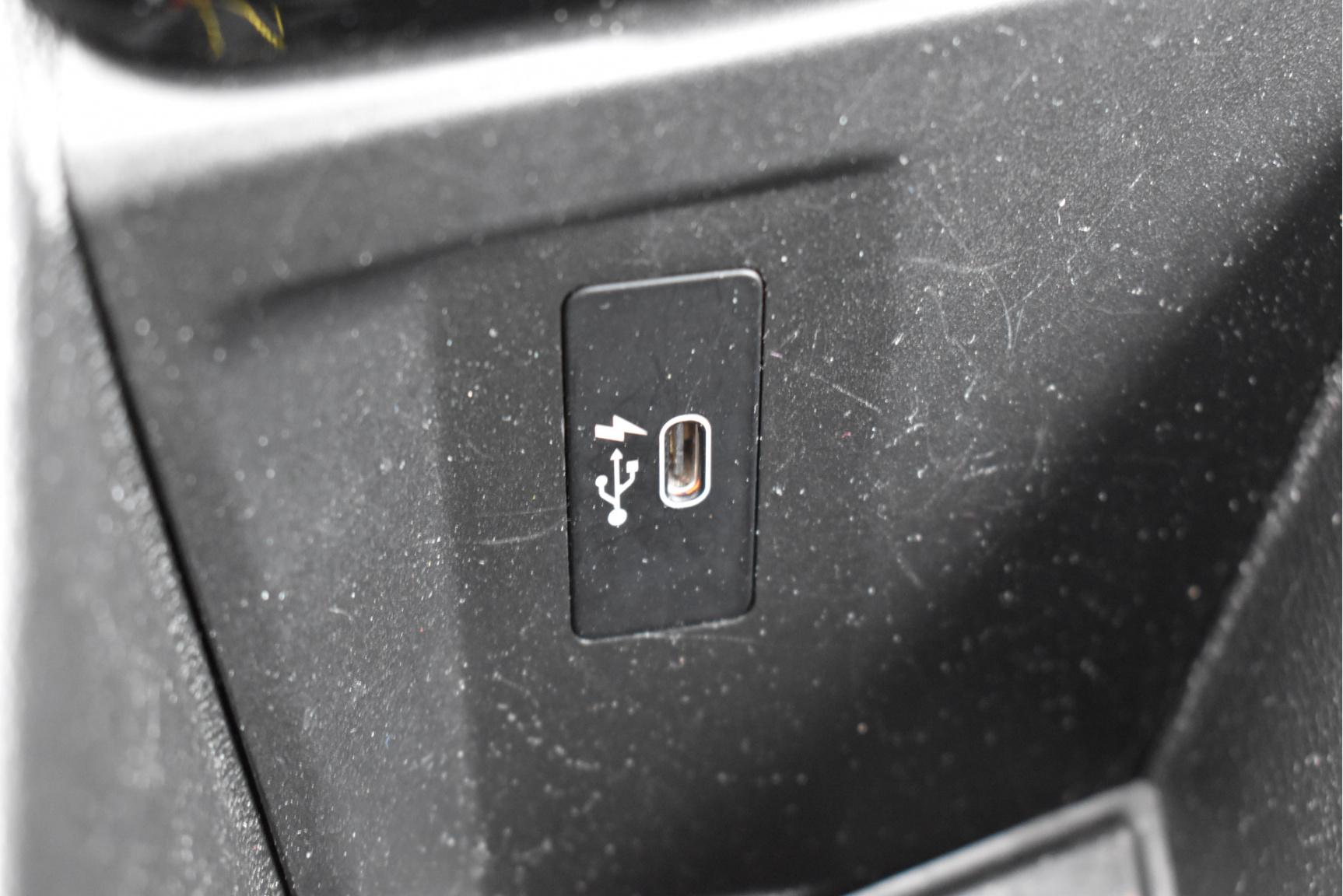 BMW-X1-42