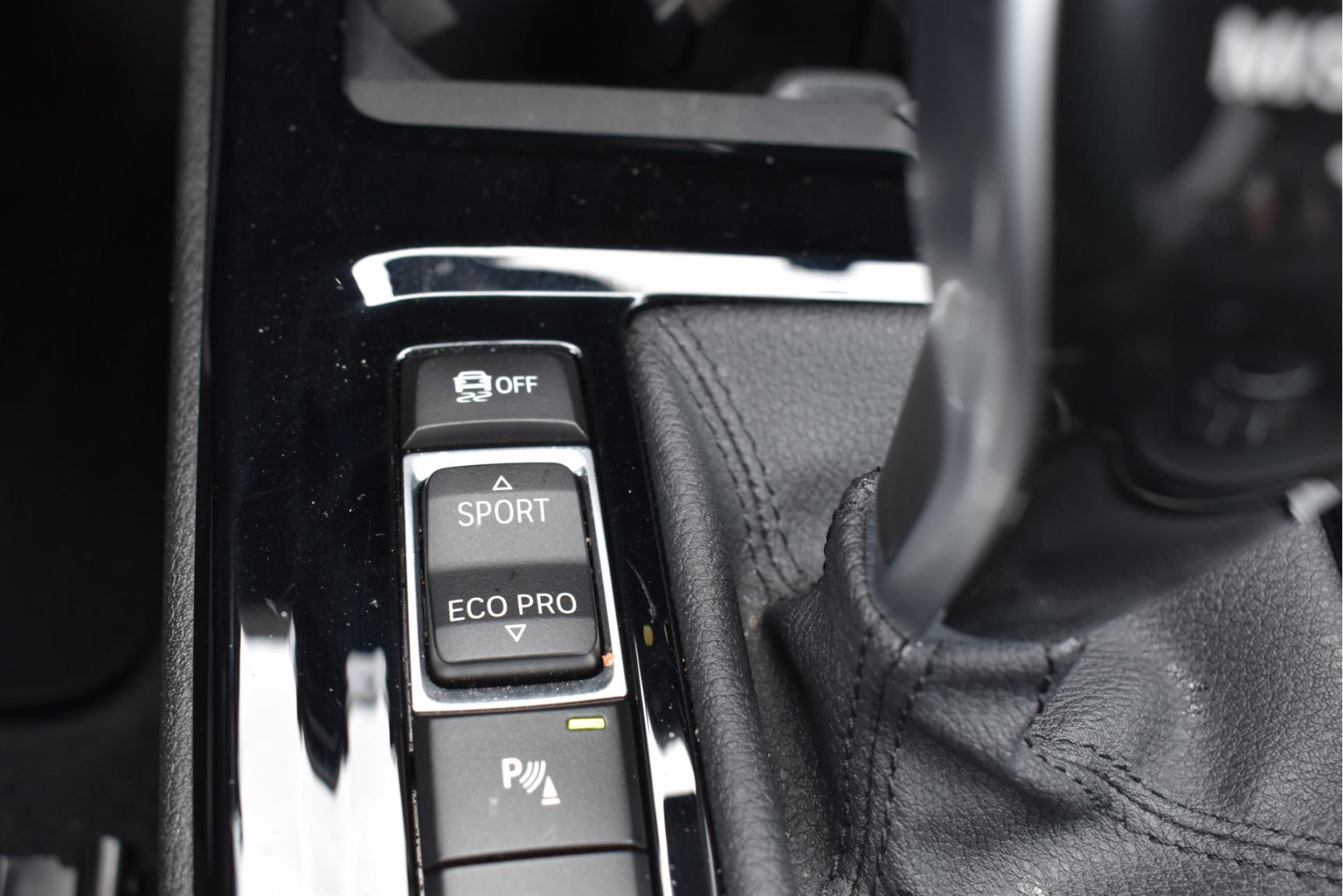 BMW-X1-33